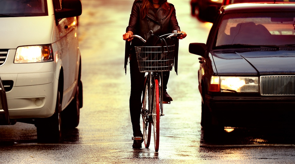 Canadian cyclists and drivers just as annoyed as each other (POLL)