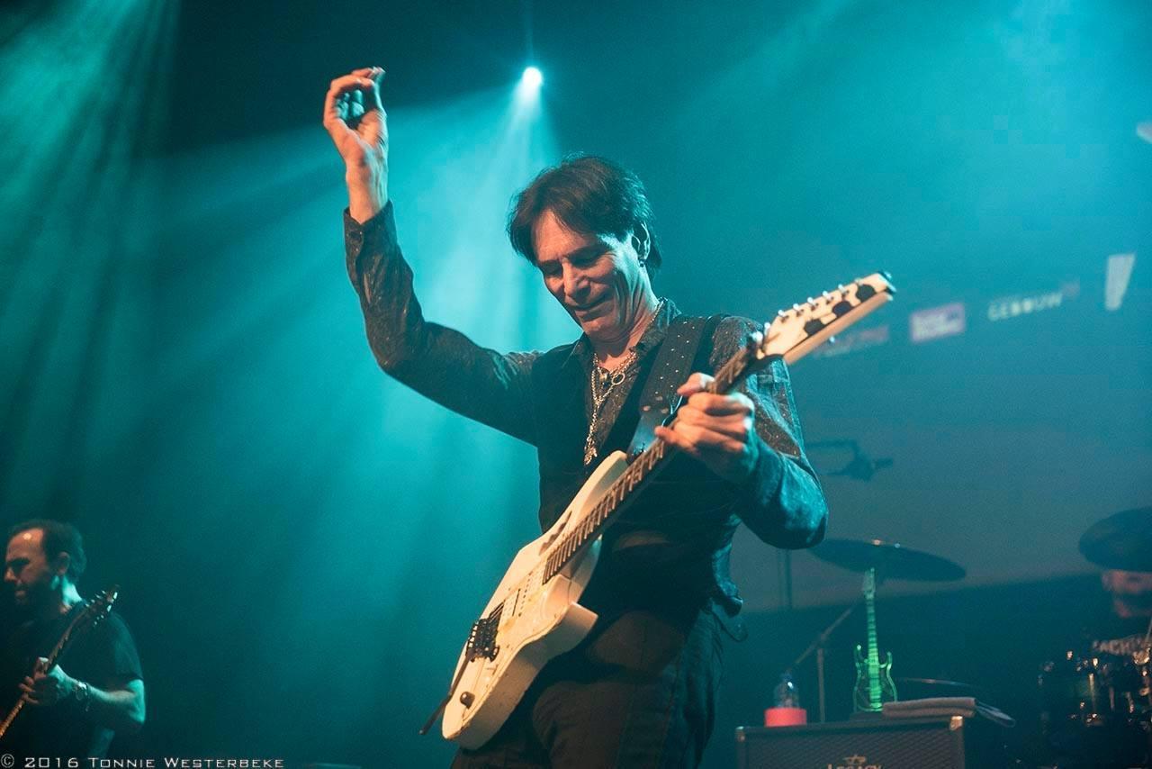 Steve Vai 2016 Calgary concert at the Jack Singer Concert Hall