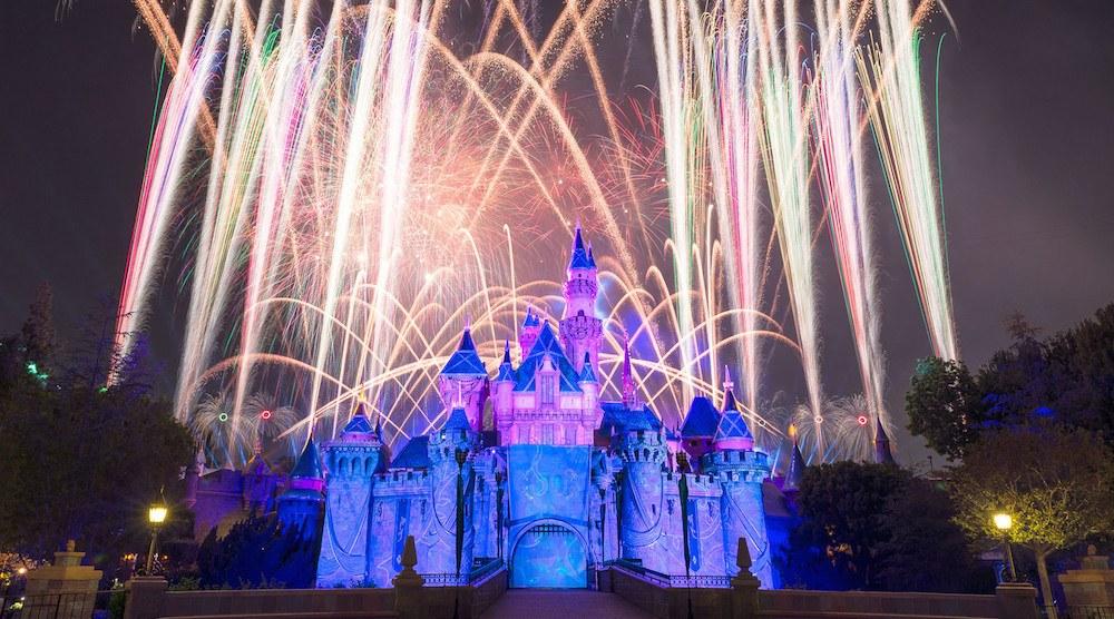Disneyland forever fireworks anaheim castle