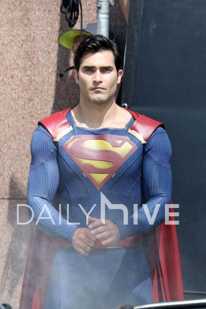 Accident In Surrey Today >> First Look: Tyler Hoechlin suits up as Superman for ...