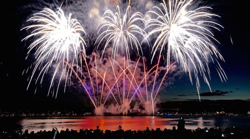 Celebration of light fireworks disney english bay