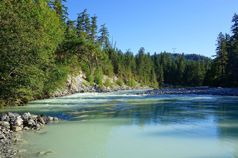 The view from Nairn Falls campground (Sébastien Launa Flickr)