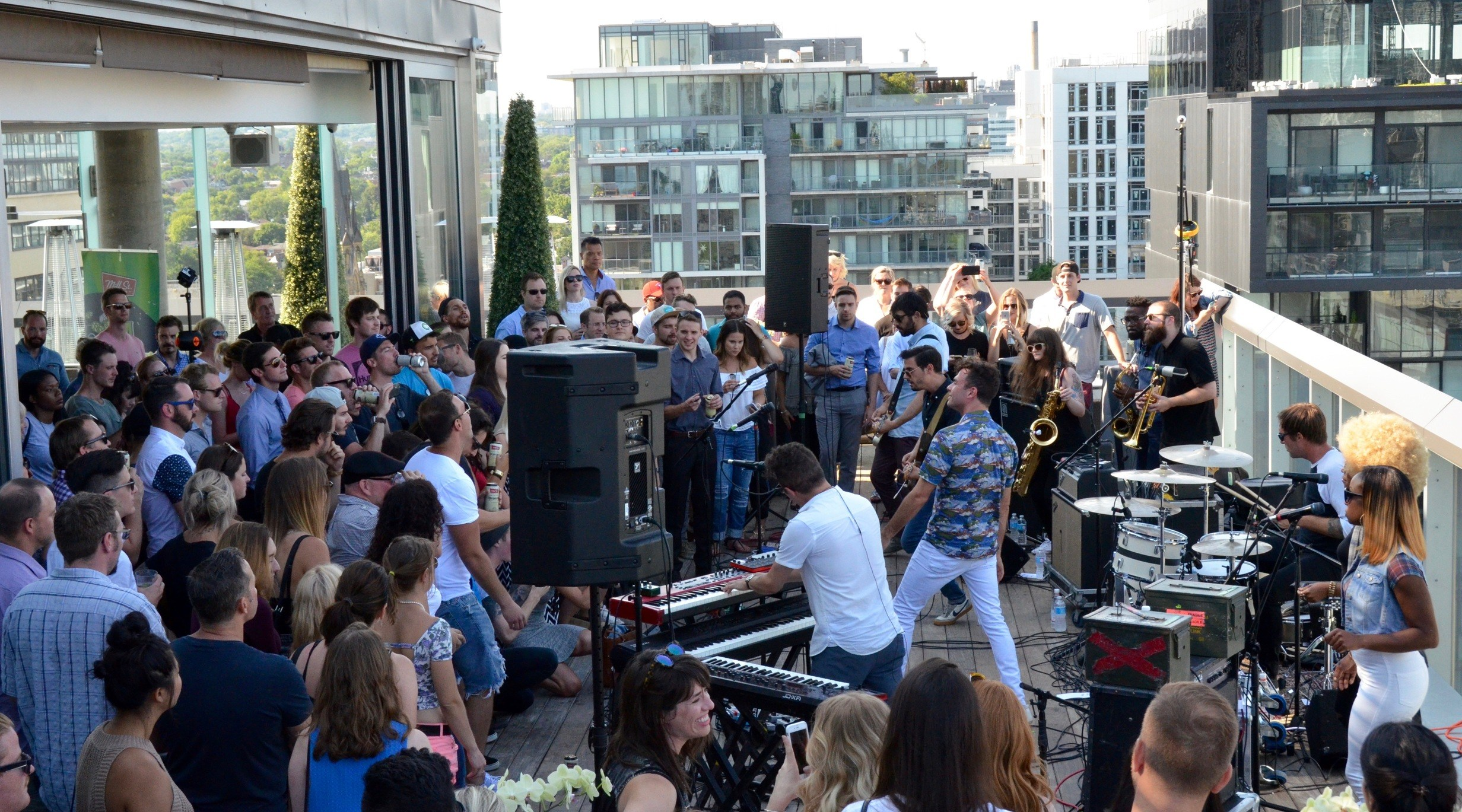 So Arkells Performed On Toronto S Thompson Hotel Rooftop Photos