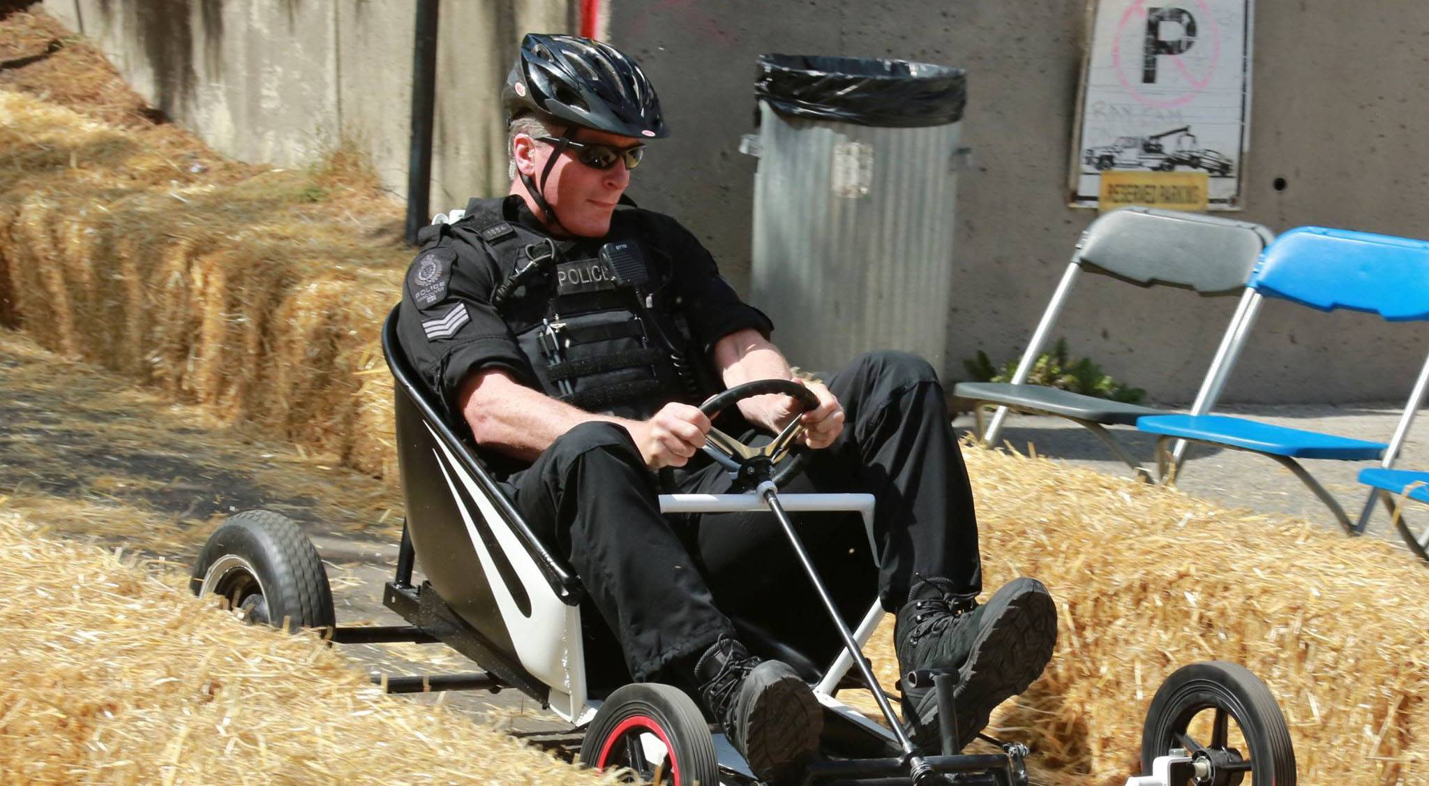 Vpd driver racing in the ray cam soapbox derby 2015 naskarz facebook