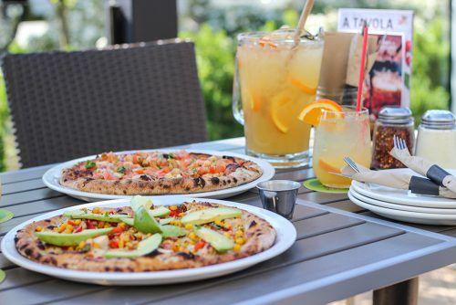 Image: Famoso Neapolitan Pizza