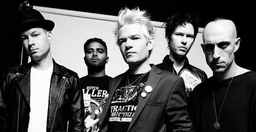 Sum 41 Calgary 2016 concert at the MacEwan Ballroom