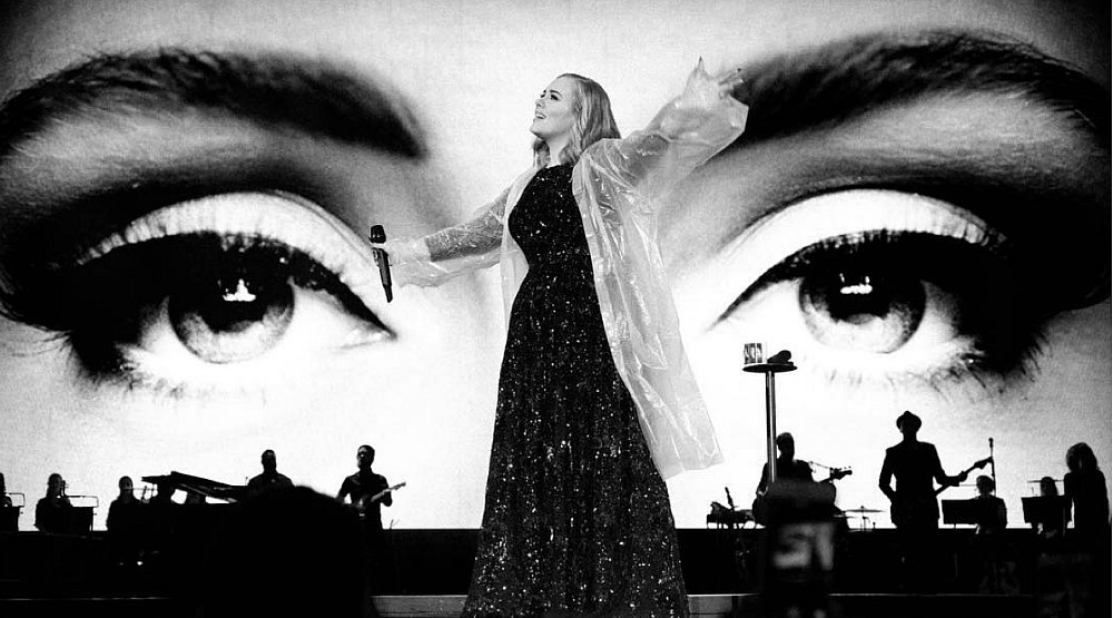 Adele Montreal 2016 concert at Centre Bell