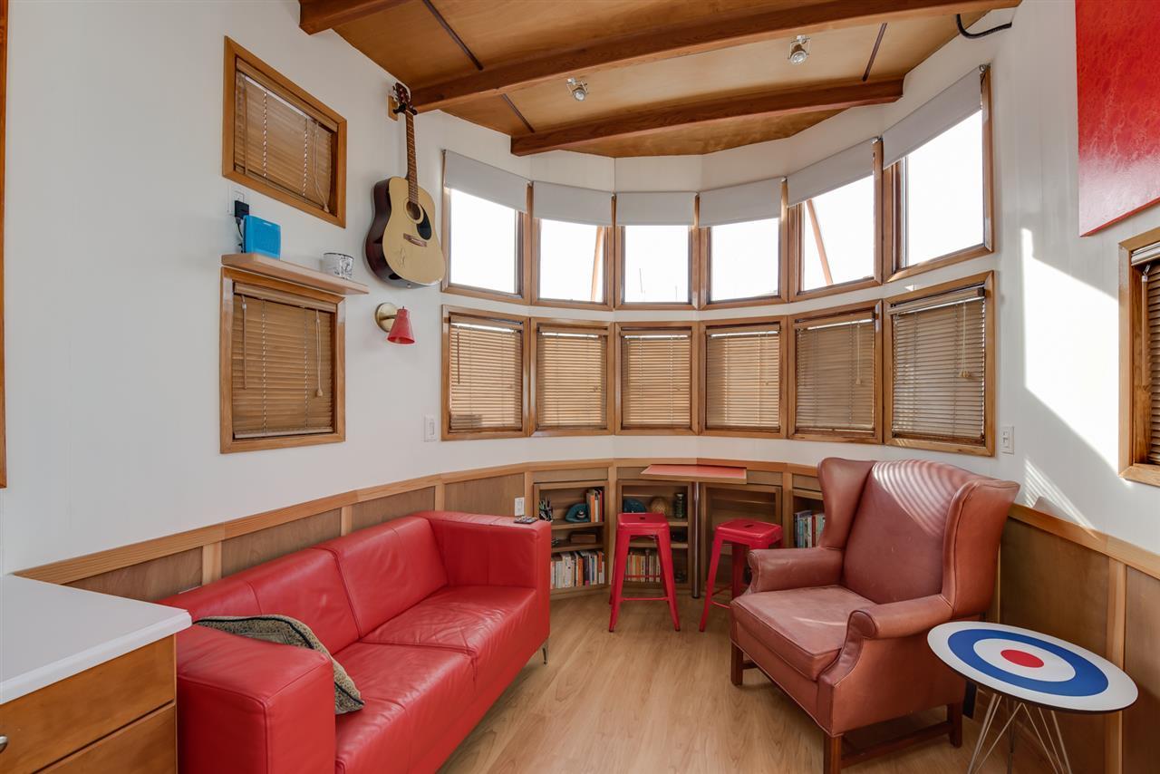 Inside the tiny float home for sale in Coal Harbour (Engel & Völkers)
