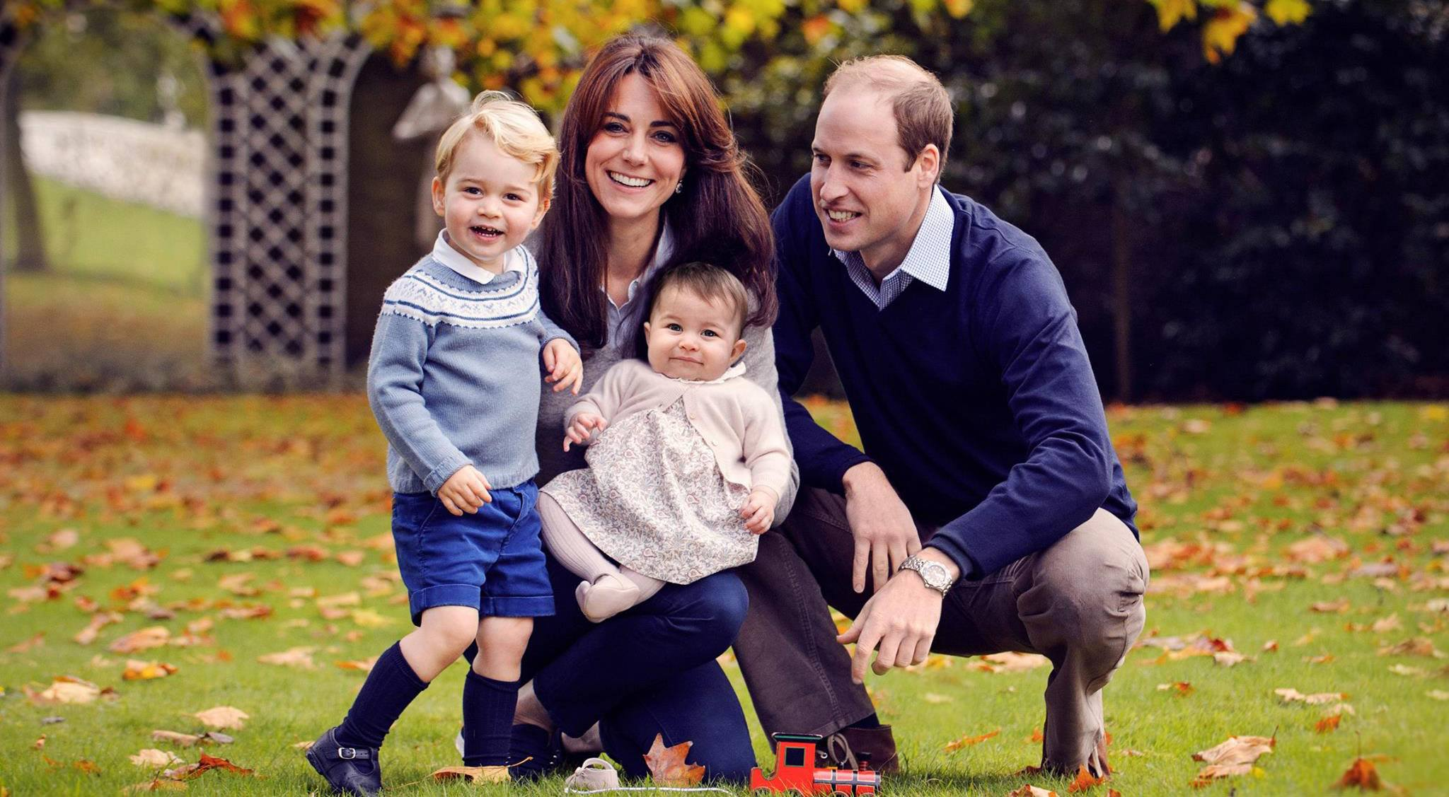 Duke and duchess of cambridge with prince george and princess charlotte the royal familyfacebook
