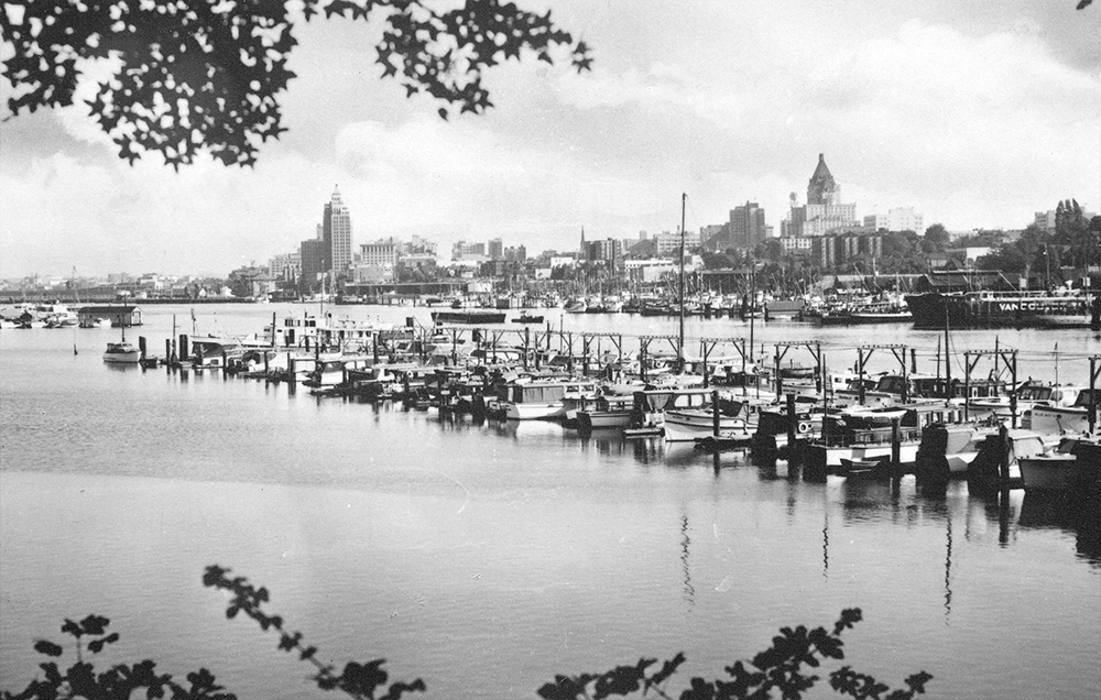 1940s: Behind the Coal Harbour marina you can see the third Hotel Vancouver and the famous Art Deco style Marine Building. (Vancouver Archives)