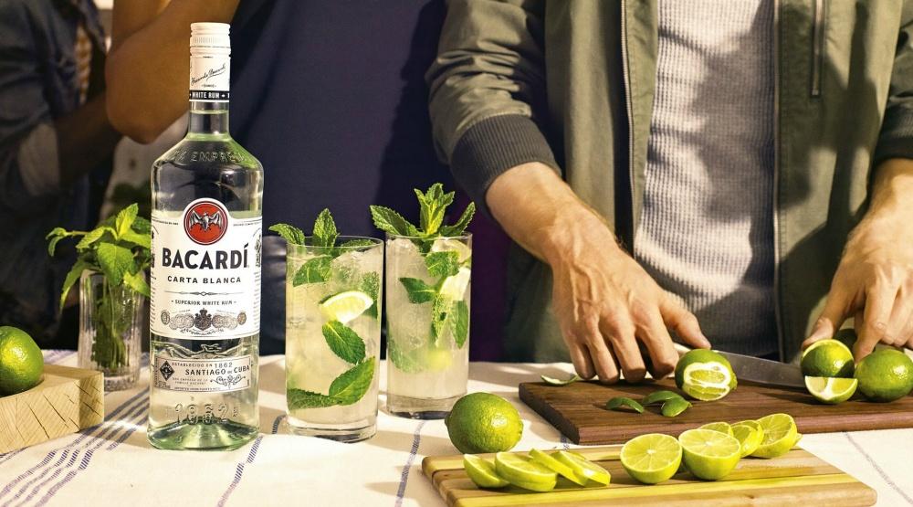 Rum cocktails mojito
