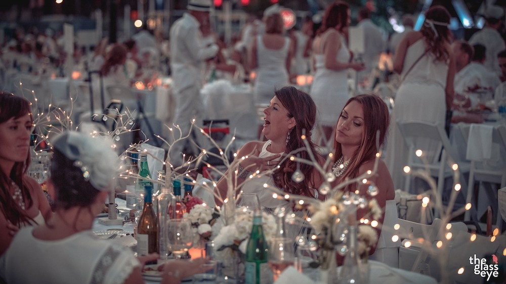 Vancouver's 6th annual Le Dîner en Blanc to descend upon 2 Coal Harbour parks tonight