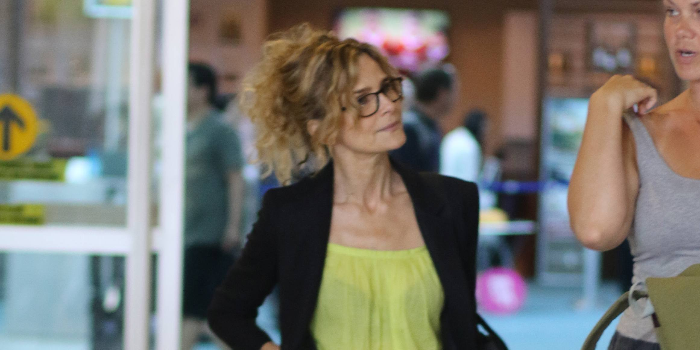 Spotted: Kyra Sedgwick arrives in Vancouver to direct new film (PHOTOS)