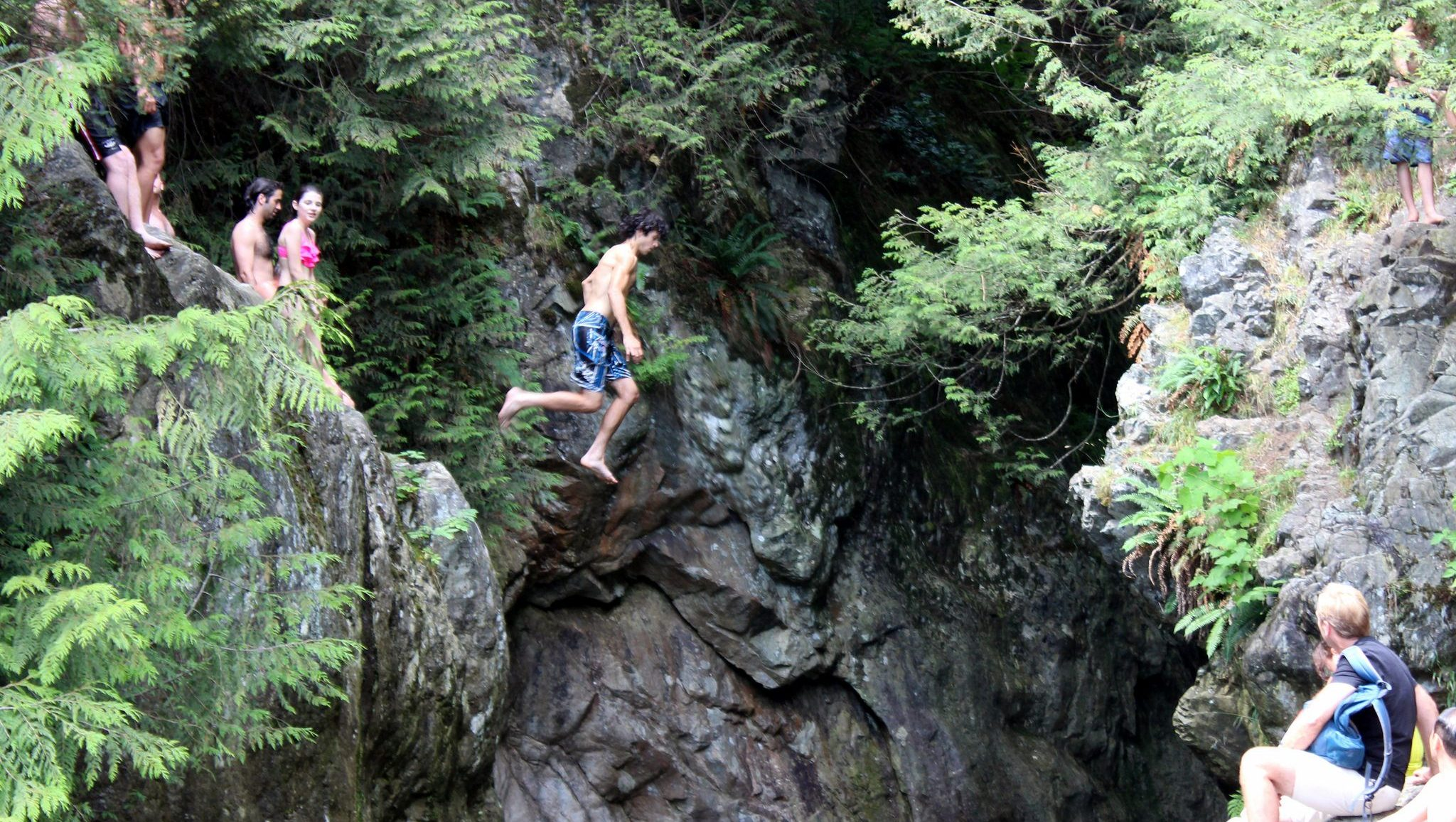 First responders warn of cliff jumping after close call in Lynn Canyon