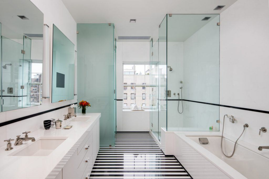 10 Hotel Bathrooms Around The World That Are Bigger Than