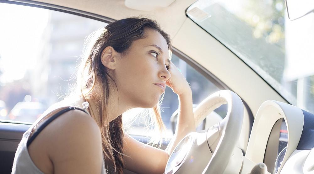 Woman driving alejandro j. de pargashutterstock