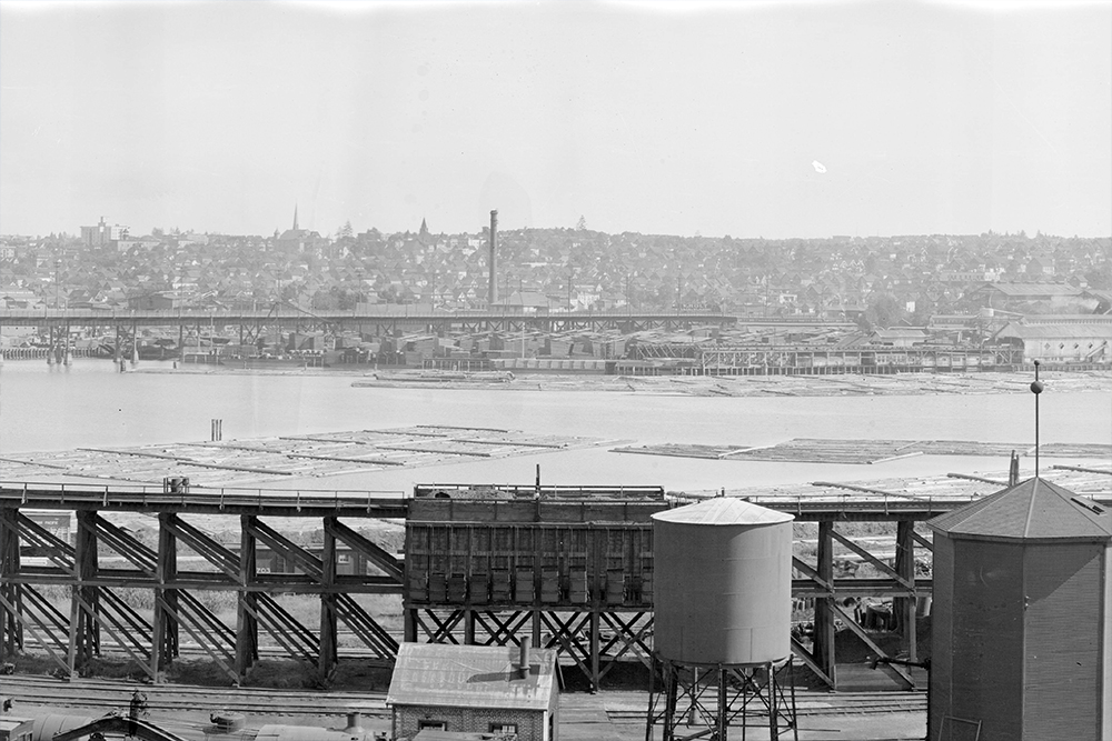 1916: This is a section of a huge panorama taken from just above Yaletown Roundhouse looking south across False Creek. (Vancouver Archives)