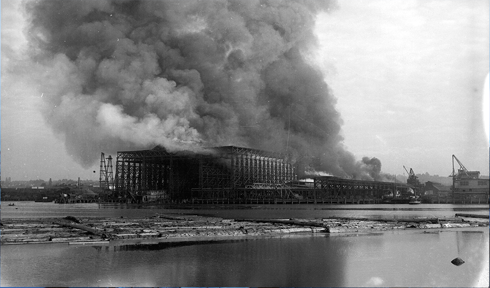 1918: West Coast Shipbuilders burned down. (Vancouver Archives)