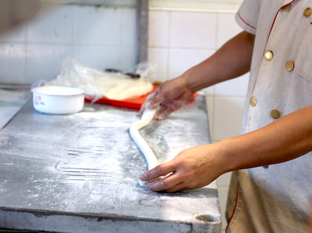 Watching noodles being pulled by hand at Xi An (Lindsay William-Ross/Daily Hive)