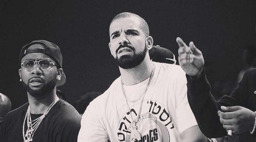 Drake's tour bus was robbed of $3M in jewellery last night