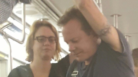 Good guy Kiefer Sutherland takes TTC, suffers through ride on non air-conditioned car