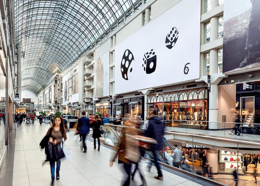 Views teaser at the Eaton Centre (Vincenzo Pistritto/Clear Channel)