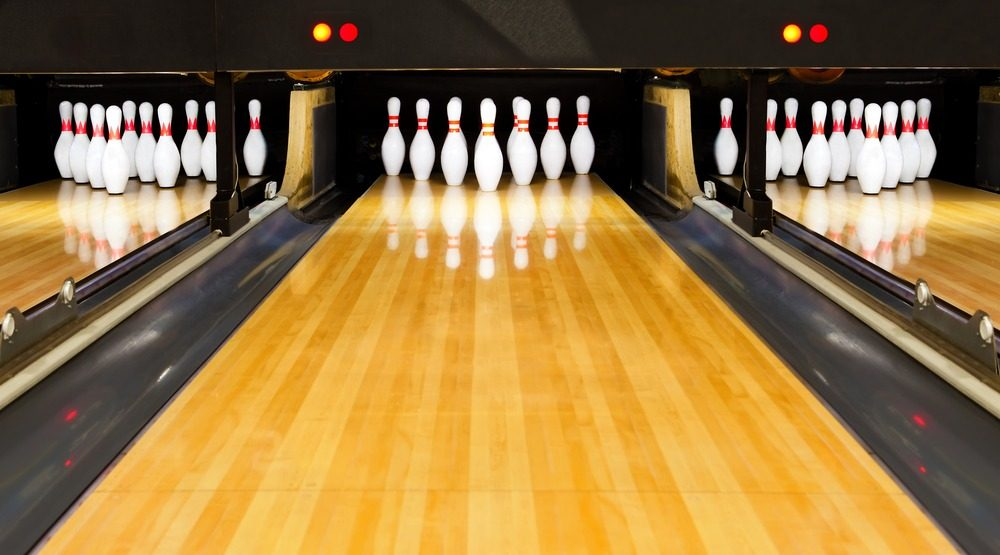Bowling / Shutterstock