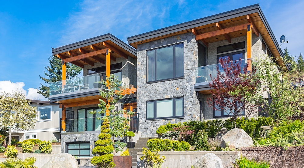 House in Vancouver. Real estate. Property. (rawmn/Shutterstock)