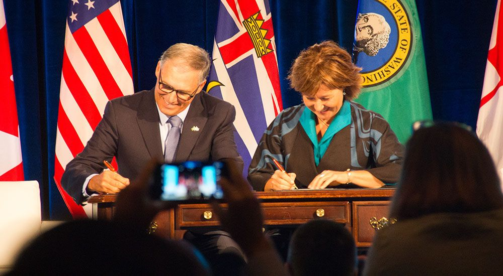 Cascadia Corridor: Christy Clark signs formal collaboration agreement with Washington state