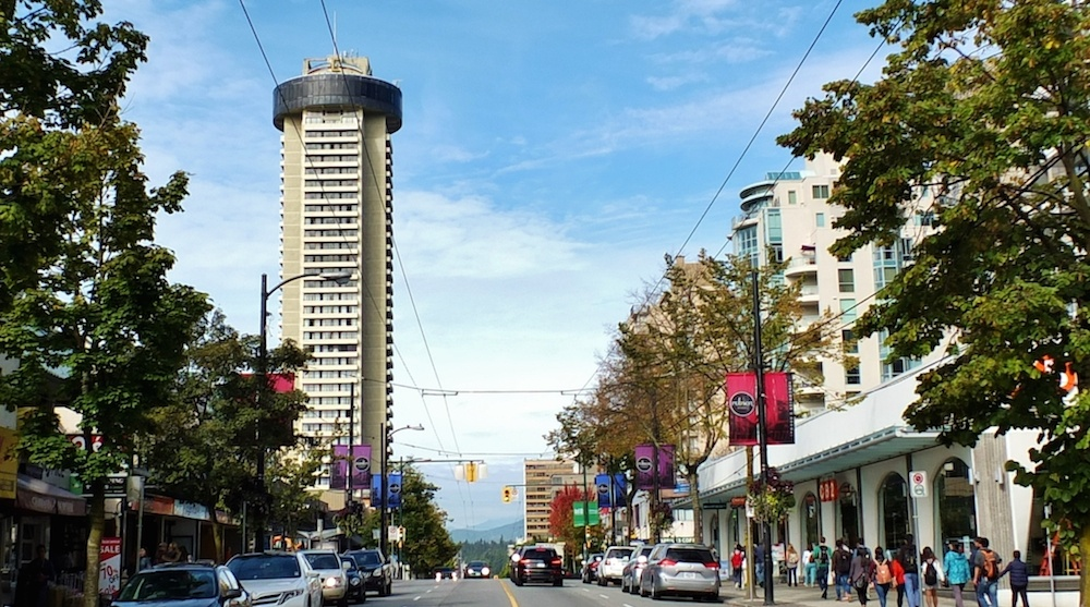 42 storey empire landmark hotel in downtown vancouver to