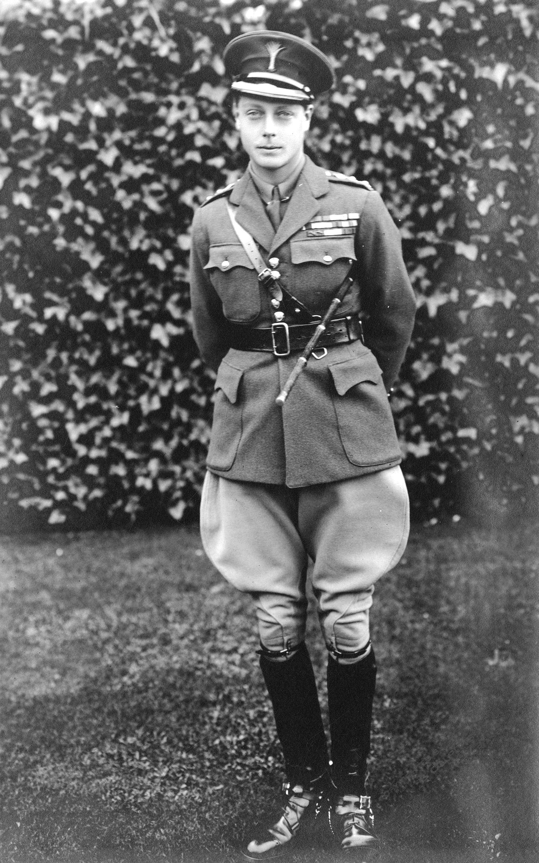 The Prince of Wales (later King Edward VIII) in military clothing in Vancouver in 1919 (Public domain)