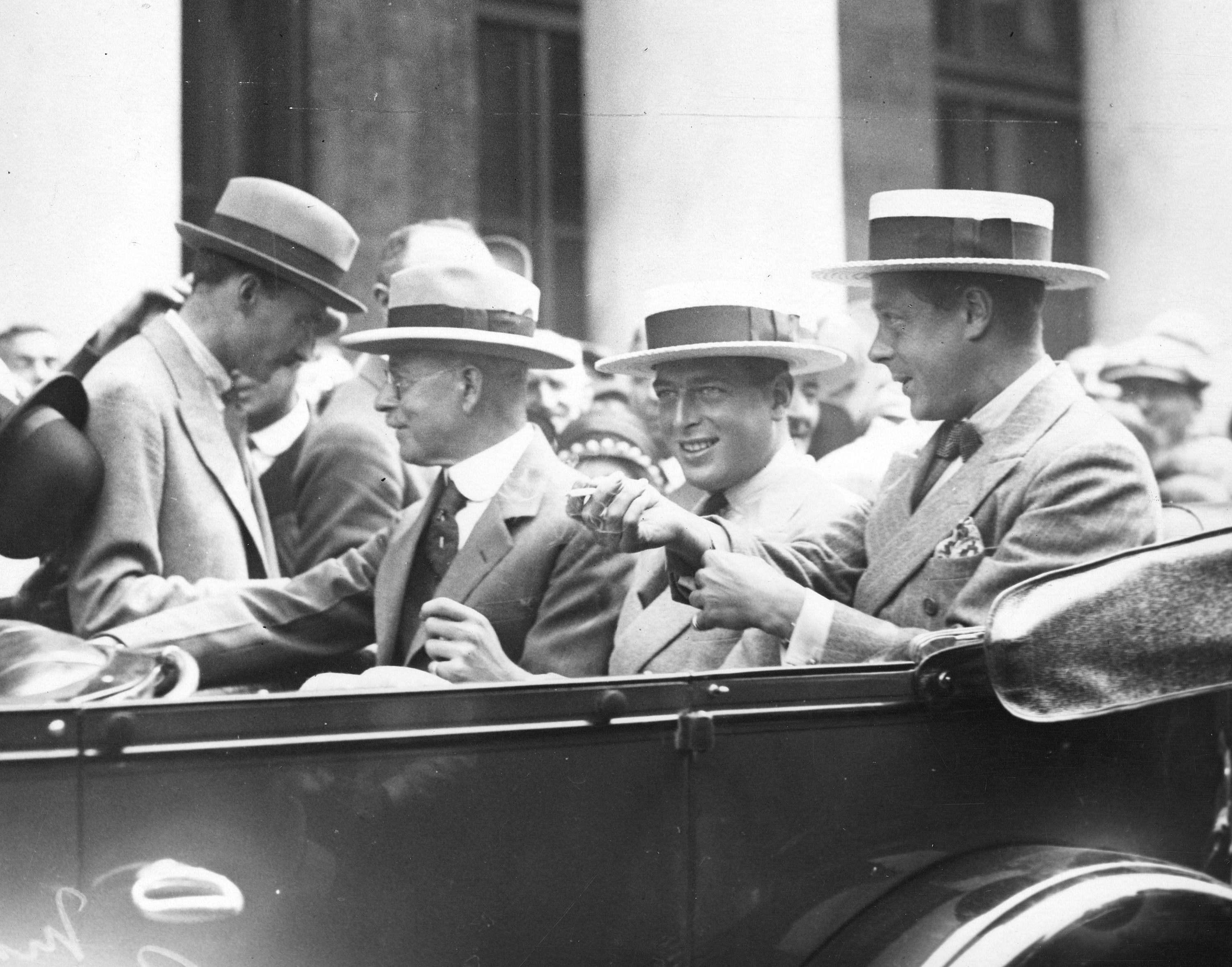 The Prince of Wales (right), youngest brother Prince George (centre) and His Worship L.D. Taylor (left) in a car in Vancouver in 1927 (Public domain)