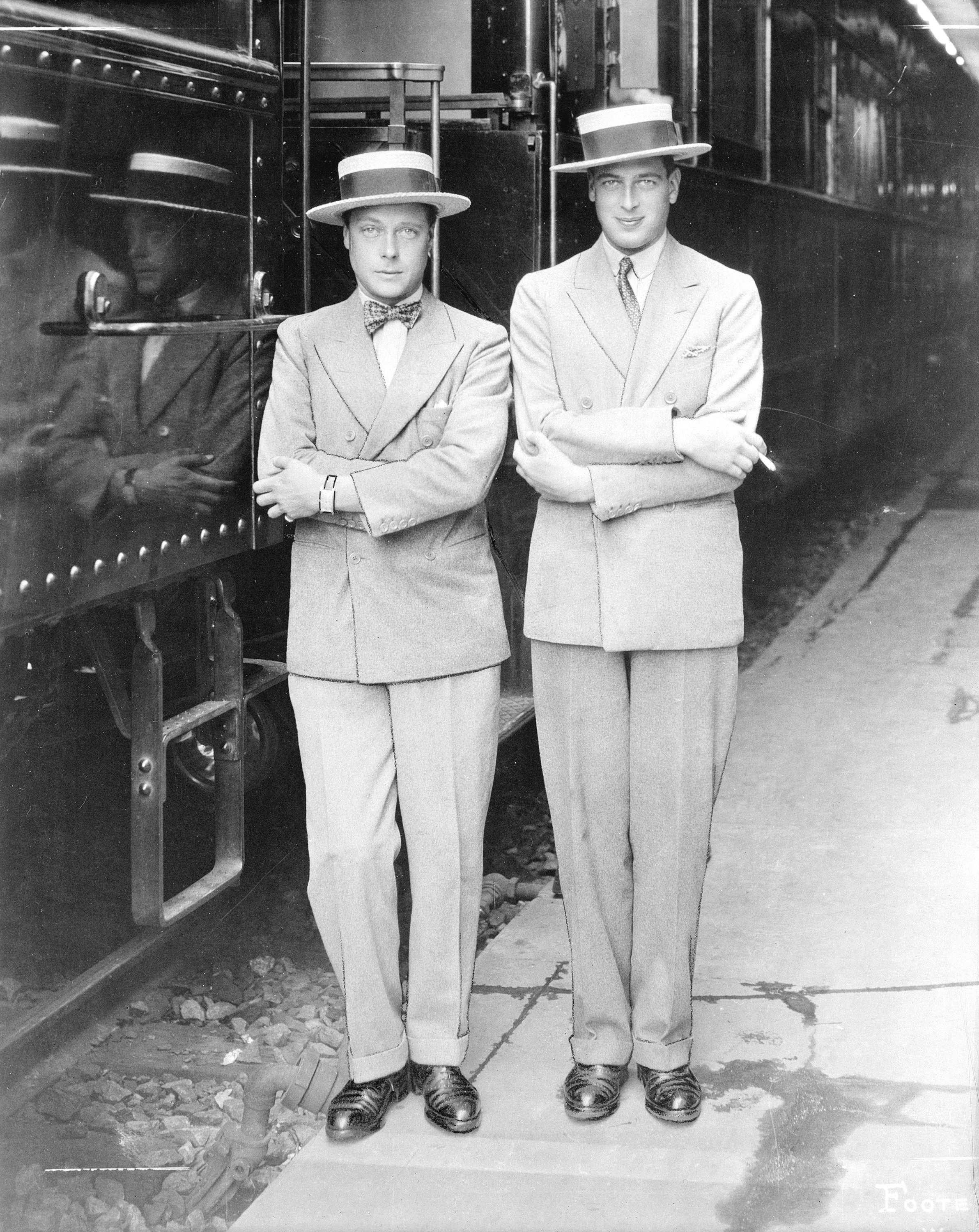 The Prince of Wales (left), with his youngest brother Prince George (right) at the CPR station in Vancouver in 1927 (Public domain)