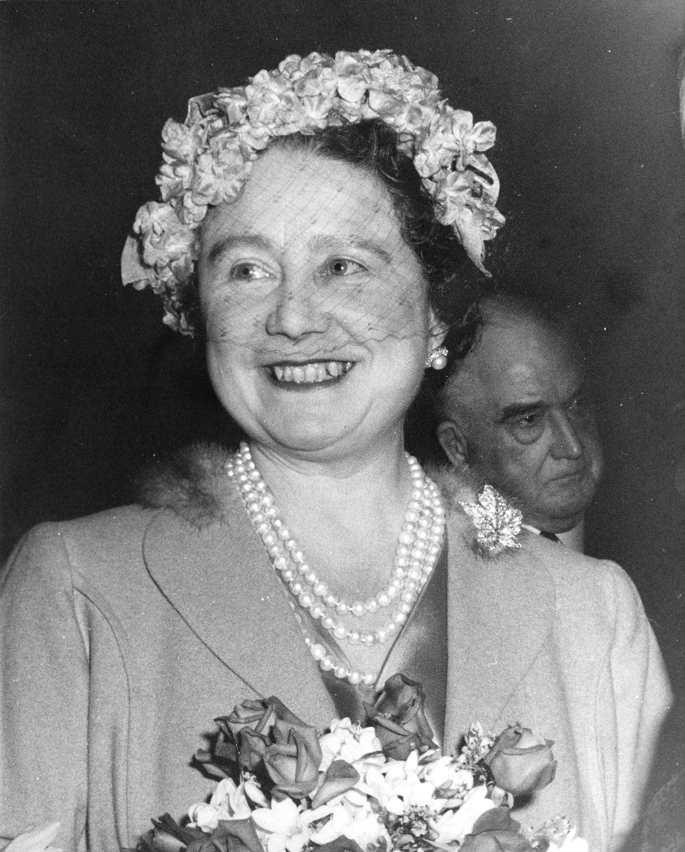 Queen Elizabeth the Queen Mother in Vancouver in 1958 (Public domain)