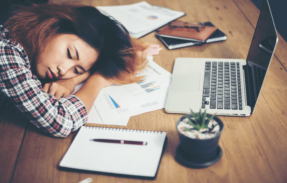 Evidence you deserve a nap: Canadians are going to work tired according to survey