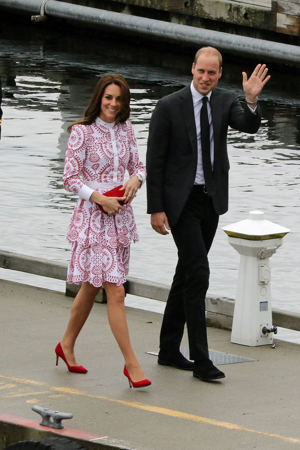 Prince William and Catherine, Duchess of Cambridge arriving in Vancouver (Lindsay Barker/Daily Hive)
