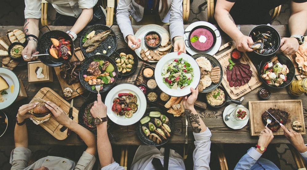 Dinner party restaurant table