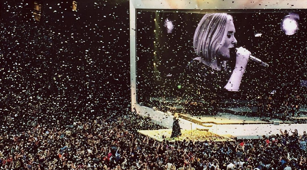 17 photos from Adele's concerts in Montreal