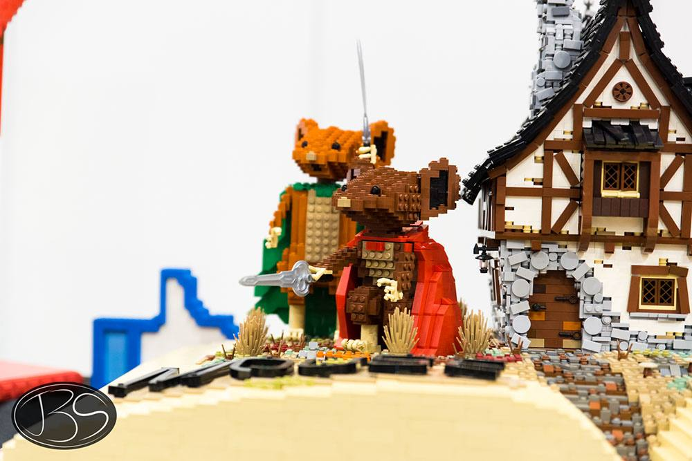 The Mouse Guard at the LEGO Imagine Nation Tour in Vancouver (Justin Siu)