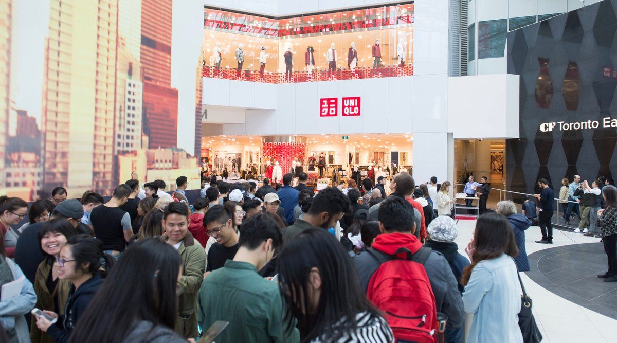 1,800 people showed up to Uniqlo's Toronto opening and it was insane (PHOTOS)