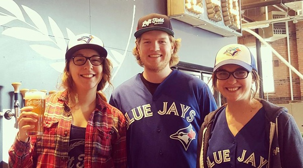 8 baseball-obsessed bars to watch the Jays game tonight