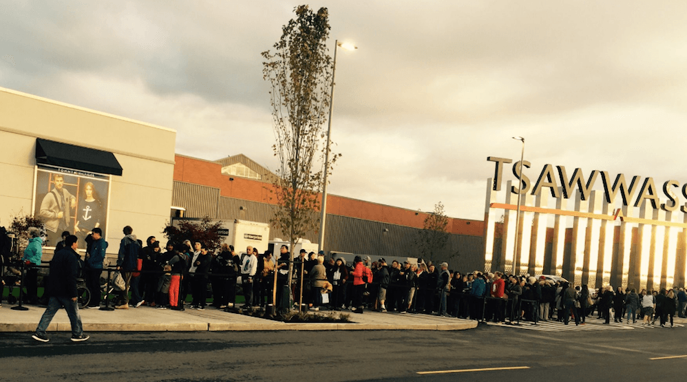 Traffic congestion and long lines at Tsawwassen Mills opening day