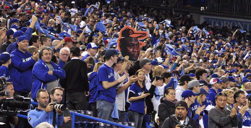 Blue Jays issue statement apologizing for beer throwing fan
