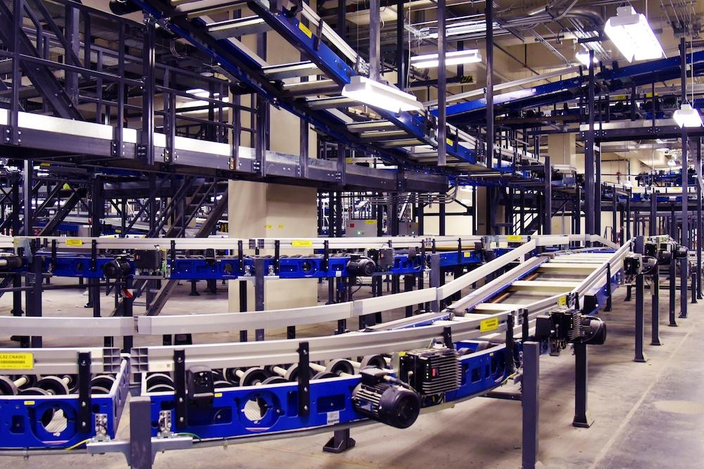 Yyc baggage handling system