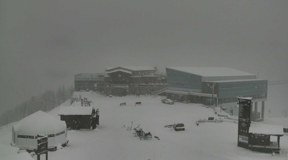 46 cm of snow to fall on Whistler Blackcomb during Saturday's big storm