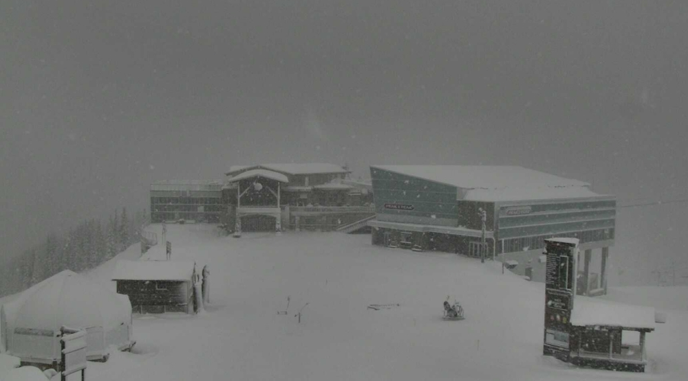 100 cm of snow to fall on Whistler Blackcomb by Monday