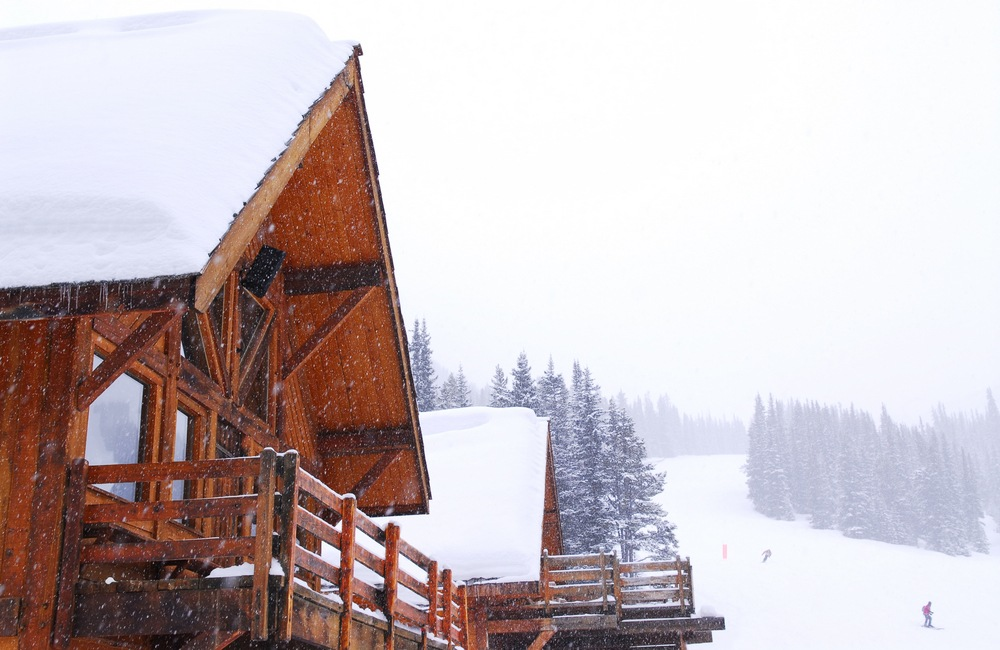 13 to 15 cm of snow expected in Banff and Lake Louise: Heavy snowfall warning in effect