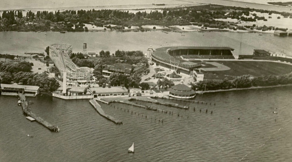 Toronto Island used to have a baseball stadium and Babe Ruth hit his first pro home run there (PHOTOS)