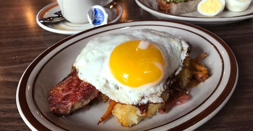 Inside Harry's Charbroiled Dining Lounge: Grant Van Gameren's divey new diner in Parkdale