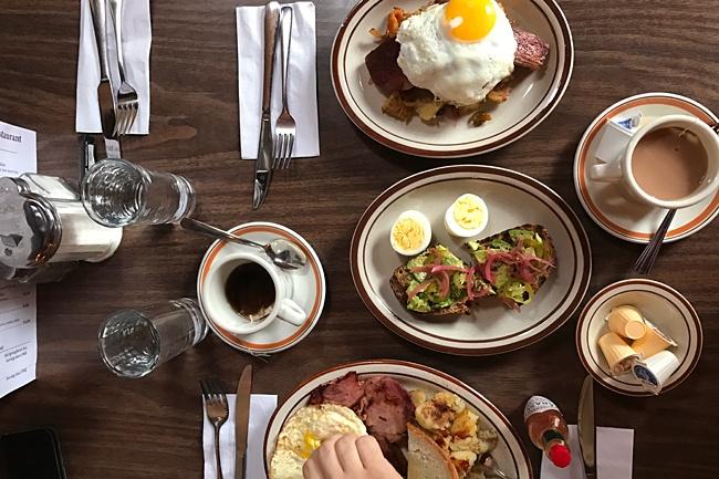 http://dailyhive.com/toronto/harrys-charbroiled-dining-lounge-grant-van-gameren-diner-toronto